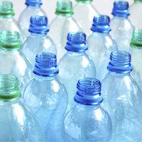 Пункт приёма равным образом реконструкция пластиковых бутылок.