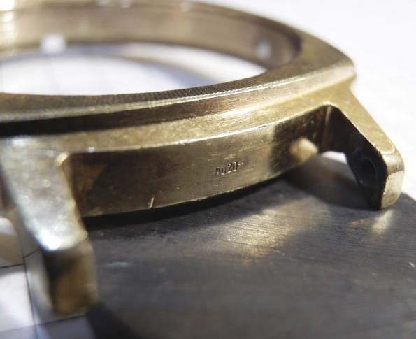 Пример маркировки часов с золотом.