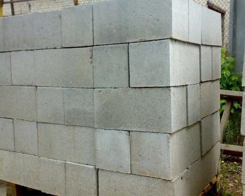 Изготовление шлакоблоков в гараже, на даче - schlakobloki