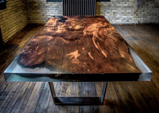 epoksidnaya-smola-stol