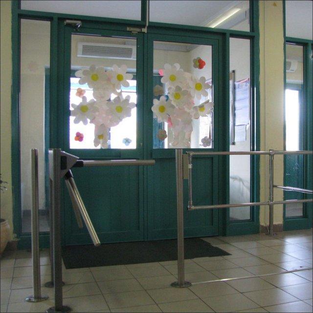 Оборудование для пропускных систем в школах - propusknaya