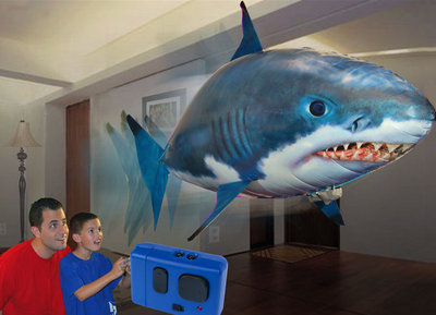 air-swimmers-remote-control-flying-shark-4