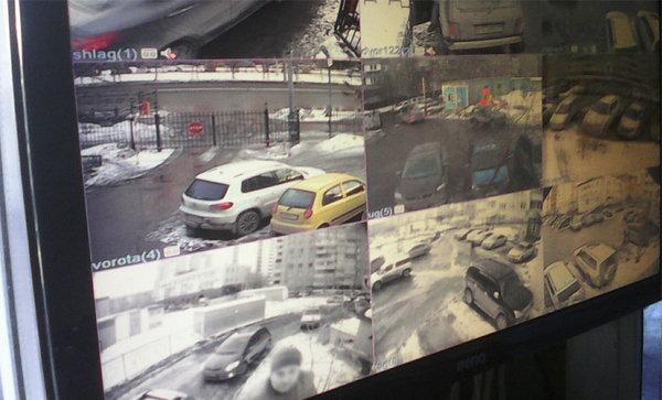 Картинка с одного из мониторов наблюдения - monitor_nablydeniya