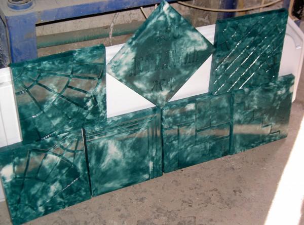 Вот такой глянец получается из форм, которые изготовленные из качественного пластика. Это моя работа.